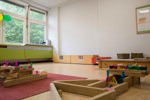 Inakindergarten, Raumfotos, Kita Flurweg, Spielzeug in Gruppenraum