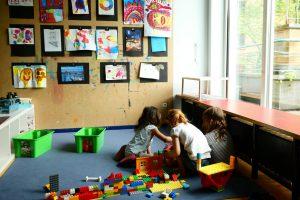 INA KINDER GARTEN Lüneburger Straße, spielende Kinder