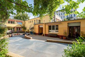 Inakindergarten, Raumfotos, Kita Neue Steinmetzstrasse, Außenansicht Kitagebäude