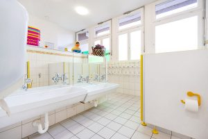 Inakindergarten, Raumfotos, Kita Bülowstrasse, Badezimmer