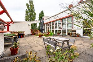 Inakindergarten, Raumfotos, Kita Grüntaler Strasse, Außenbereich Terrasse