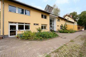 Inakindergarten, Raumfotos, Kita Seestraße, Außenansicht Kitagebäude