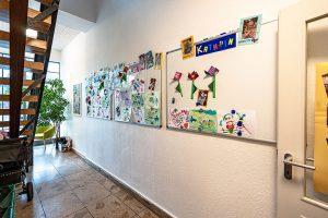 Kita Rudolf-Ditzen-Weg, Galerie im Flur
