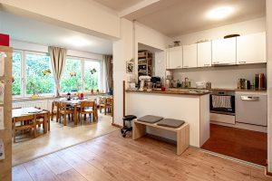Kita Rudolf-Ditzen-Weg, Küche mit Restaurant
